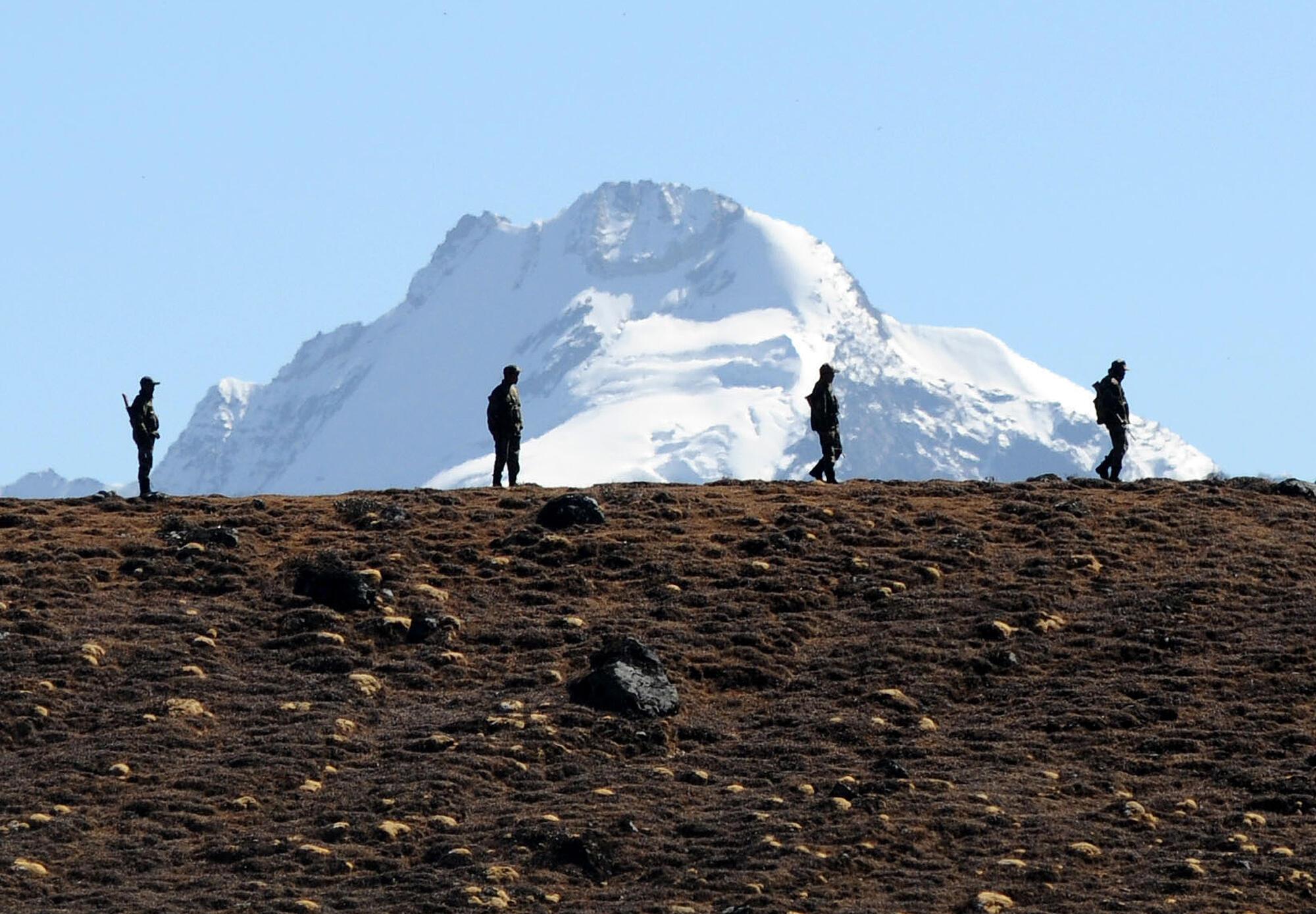 Ảnh tự liệu: Quân đội Ấn Độ canh giữ đèo Bumla, Arunachal Pradesh, khu vực biên giới tranh chấp với Trung Quốc.