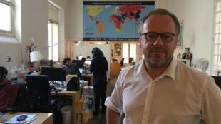 Christophe Deloire, le secrétaire général de Reporters sans frontières (RSF) dans les locaux de l'organisation à Paris, le 10 octobre 2018.