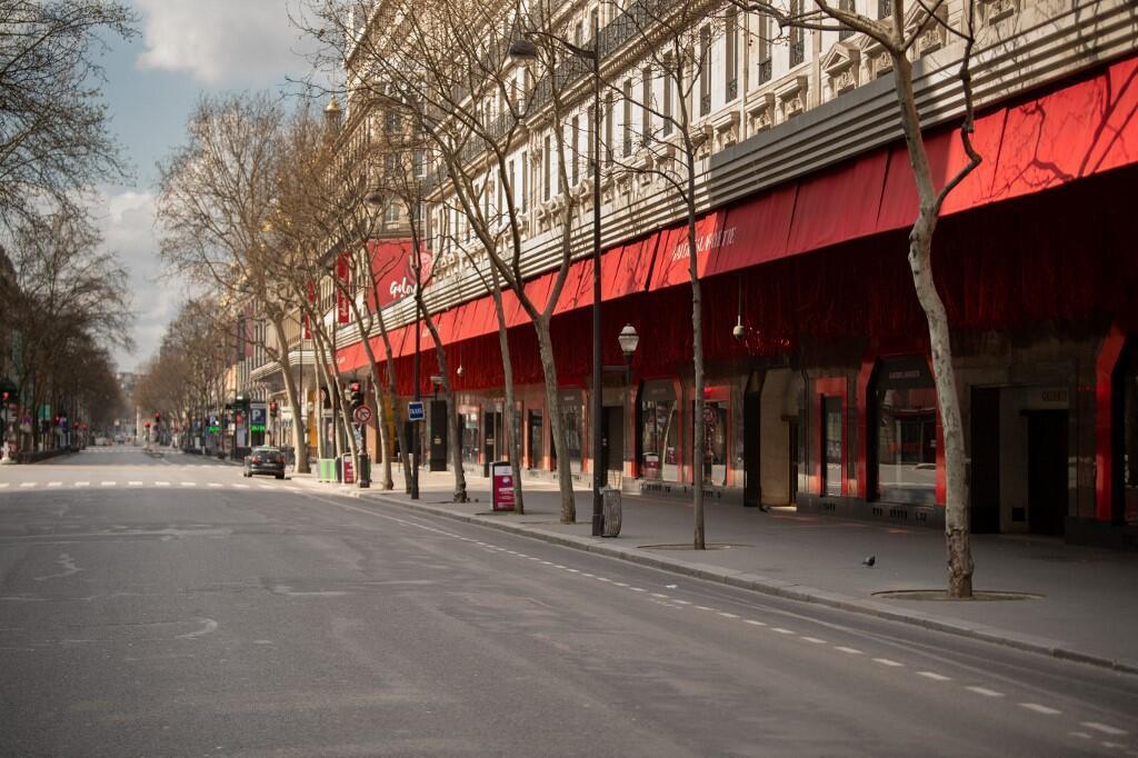 تصویری از یکی از خیابان های پاریس