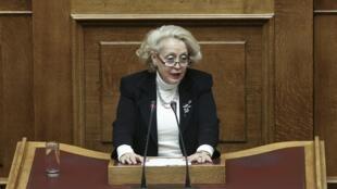 Vassiliki Thanou, juíza da Suprema Corte grega, durante sessão parlamentar em Atenas, em foto de março de 2015.