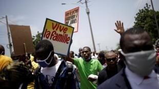 Des fidèles manifestent contre les mesures anti-homophobie prévues par le nouveau code pénal haïtien, le 26 juillet 2020 à Port-au-Prince.