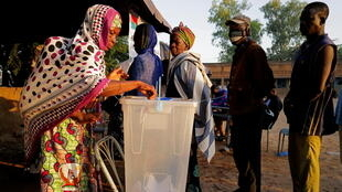 2020-11-22T070654Z_1234998886_RC278K9G4PNQ_RTRMADP_3_BURKINA-ELECTION