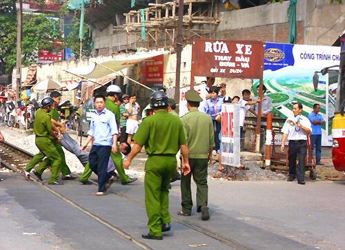 Biểu tình phản đối Trung Quốc ở Hà Nội : ít nhất có 3 người còn bị giam giữ (DR)