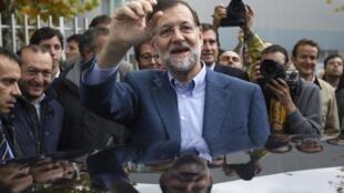 Лидер испанской Народной партии Мариано Рахой 20 ноября 2011 года
