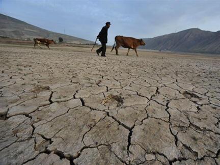 Le réservoir asséché de Gulang dans la province du Gansu, dans le nord de la Chine.