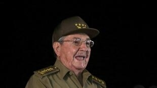 86-летний Рауль Кастро выступает за омоложение кубинской власти. Ранее он говорил, что 60 лет — предельный возраст для вхождения в состав высшего руководства страны