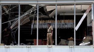 Cảnh sát tại khách sạn Shangri-La hotel sau vụ khủng bố, Colombo, Sri Lanka, ngày 21/04/2019