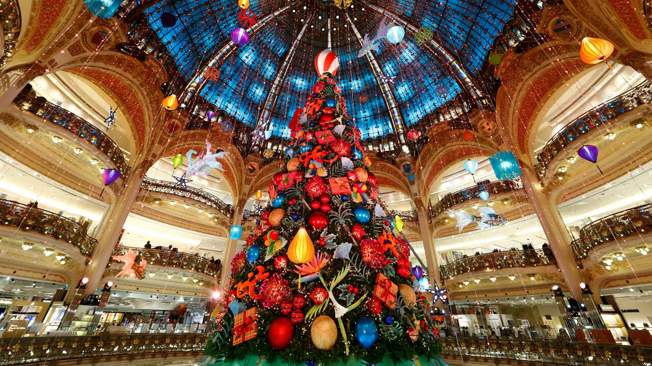 French begin reselling unwanted gifts as early as Christmas Day