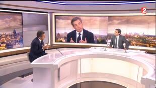 Sur le plateau du 20h de France 2, Nicolas Sarkozy a pris ses distances avec le Premier ministre Manuel Valls