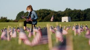 Tại một nghĩa trang các nạn nhân Covid-19 ở Washington, Mỹ, ngày 22/09/2020.