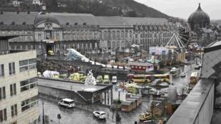 Ataque de atirador aconteceu na principal praça da cidade belga de Liège.