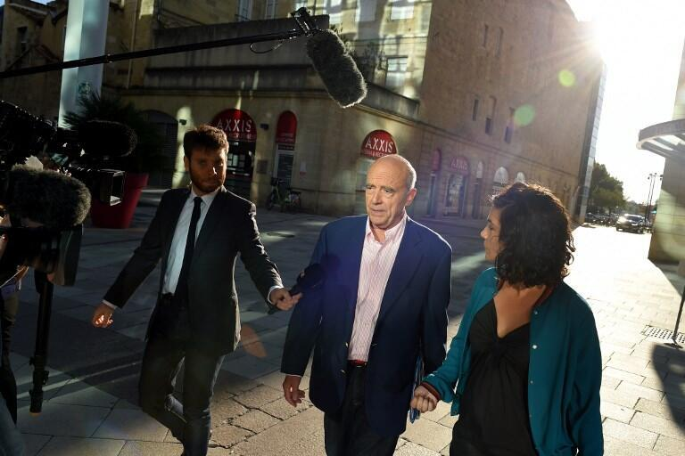 Bordeaux's Mayor Alain Juppe arrives for a two days private meeting called 'Vendanges de Bordeaux' (Bordeaux' harvest) with right wing political personnalities, on September 8, 2018 in Bordeaux.