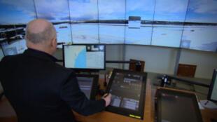 O controlador do aeroporto de Sundsvall orientou o pouso de um avião em Ornskoldsvik, cidade localizada a 150 km de distância da torre.