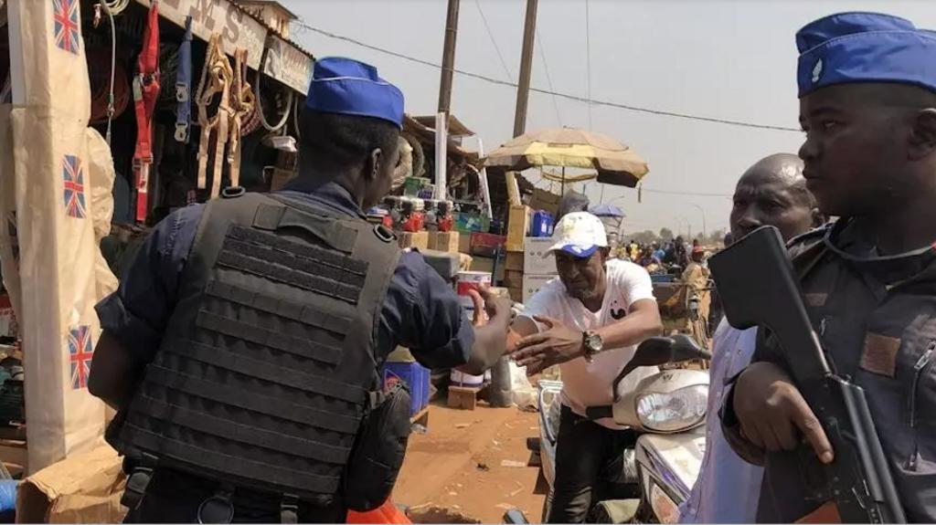 Hans De Marie Heungoup: en Centrafrique, «les rebelles veulent semer le doute et asphyxier économiquement Bangui»