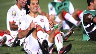 Les Tunisiens imitant la danse de Kidiaba.
