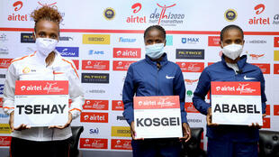 2020-11-28 sport athletics half marathon new delhi india Tsehay Gemechu ,Brigid Kosgei ,Ababel Yeshaneh