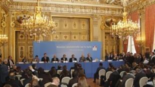 """Hội nghị  """"Nhóm những người bạn của Syrie » tại Paris, ngày 19/04/ 2012."""