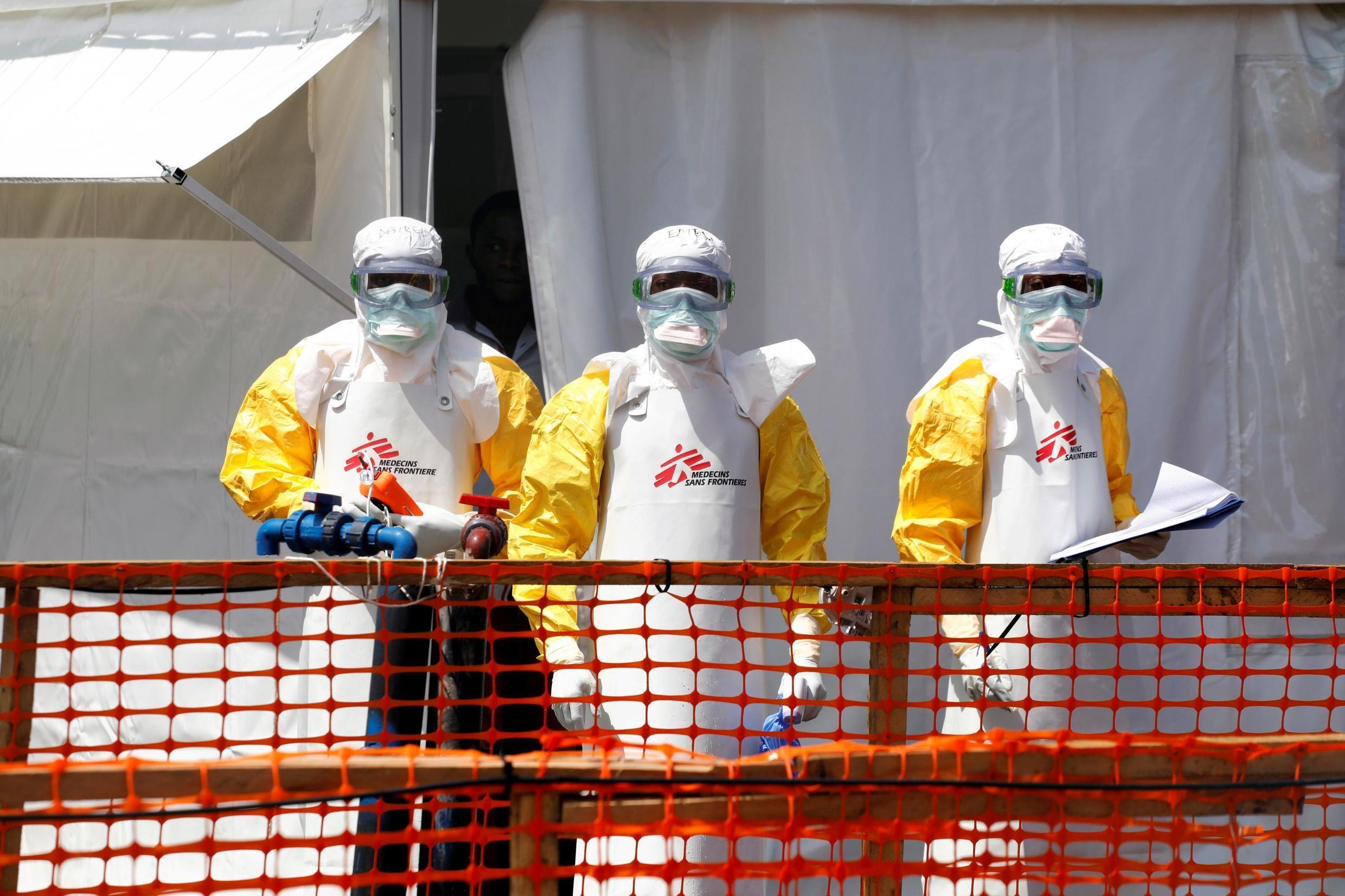 Health workers dressed in protective suits are seen at the newly constructed MSF(Doctors Without Borders) Ebola treatment centre in Goma, Democratic Republic of Congo, August 4, 2019.REUTERS/Baz Ratner