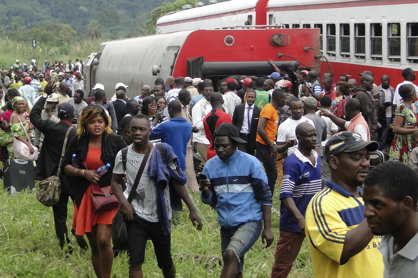 Passengers after the crash at Eseka, Cameroon