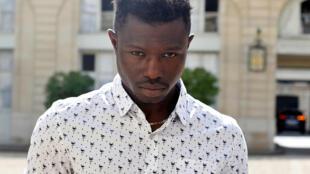 Mamoudou Gassama, de 22 anos, foi homenageado no Palácio do Eliseu.