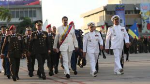 Tổng thống Venezuela Nicolas Maduro (G) dự kỷ niệm ngày sinh lãnh tụ Simon Bolivar, tại La Guaira ngày 24/07/2017.