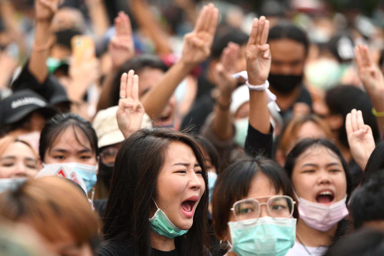 Thailande femmes manifestation