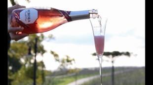Vinho espumante da marca Aurora, uma das principais produtoras do setor no Brasil