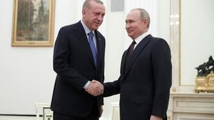 Recep Tayyip Erdogan na Vadimir Putine huko Moscow, Machi 5, 2020.