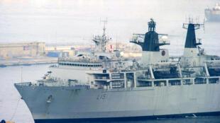 Un navire de la Royal Navy, photographié dans le port de Gibraltar, en septembre 2014.