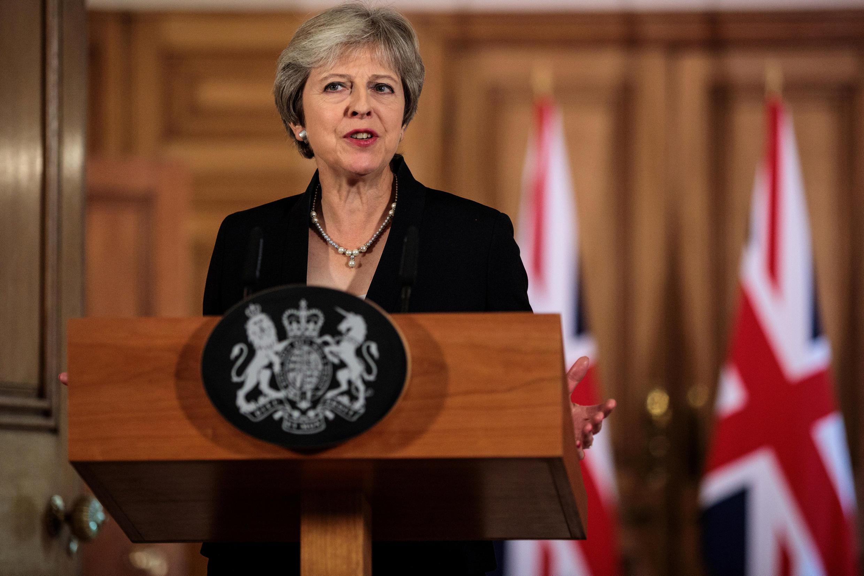 Theresa May s'exprime depuis Downing Street sur les non avancées du Brexit, le 21 septembre 2018.