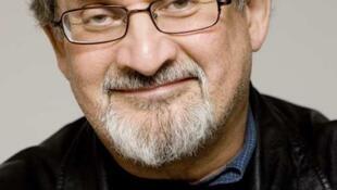 آخرین اثر سلمان رشدی به تازگی به زبان فرانسه منتشر شده است.