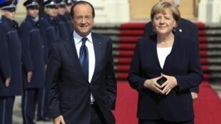 François Hollande et Angela Merkel à Ludwigsburg, le 22 septembre 2012.