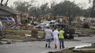Escena de desolación en la localidad de Moore, 20 de mayo de 2013.