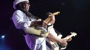 Le groupe Chic avec Nile Rodgers, lors de la 14e édition du Marseille Jazz des Cinq Continents.