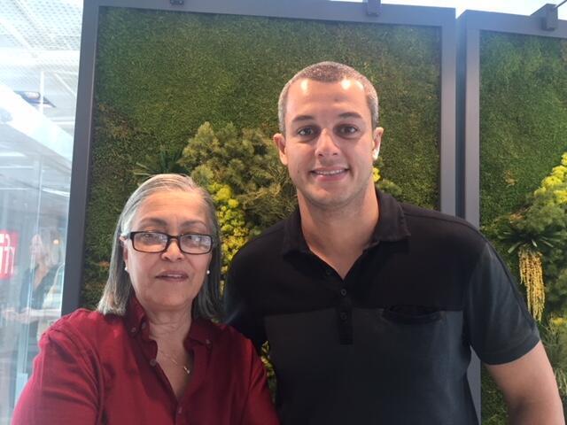 Carla Daher, organizadora do festival Sabores do Brasil, e o chef brasileiro Rafael Gomes.