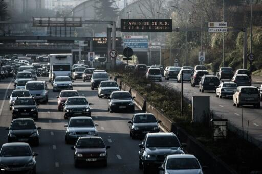 The Paris ring road, the peripherique, is regularly clogged with vehicles churning out polluting emissions
