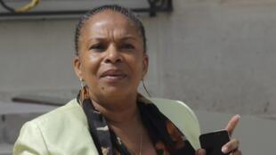 La Garde des Sceaux Christiane Taubira, mercredi 16 juillet, à l'Elysée, à la sortie du Conseil des ministres.