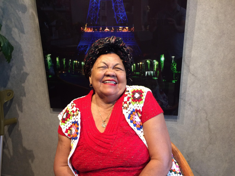 A cantora e compositora paraense Dona Onete se apresenta em Paris
