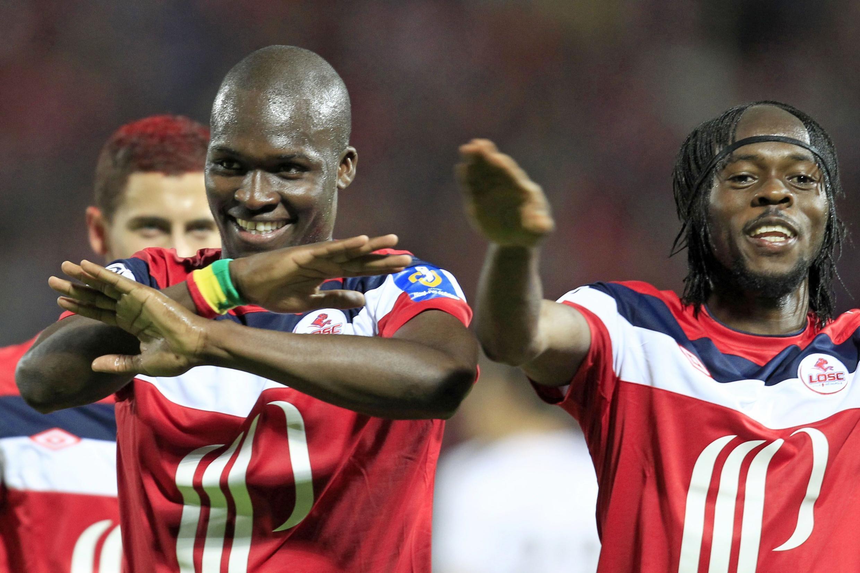 Le Franco-Sénégalais Moussa Sow (g.) et l'Ivoirien Gervinho.