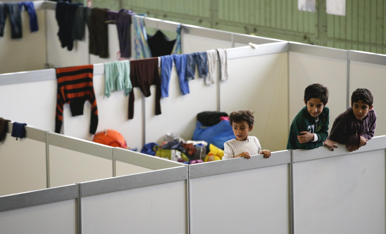 Người tị nạn tại trại tạm cư Tempelhof-  Berlin, Đức. Ảnh ngày 09/12/2015.