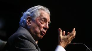El escritor peruano Mario Vargas Llosa, premio Nobel de Literatura en 2010, fue uno de los firmantes de la declaración.