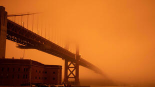 2020-09-10T190438Z_1162849567_RC2UVI9W69YA_RTRMADP_3_CALIFORNIA-WILDFIRES-SAN-FRANCISCO-BRIDGE-UGC