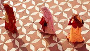 Cresce o número de cirurgias de redefinição de sexo na Índia.