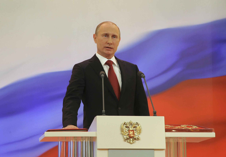 Владимир Путин в Кремле 7 мая 2012