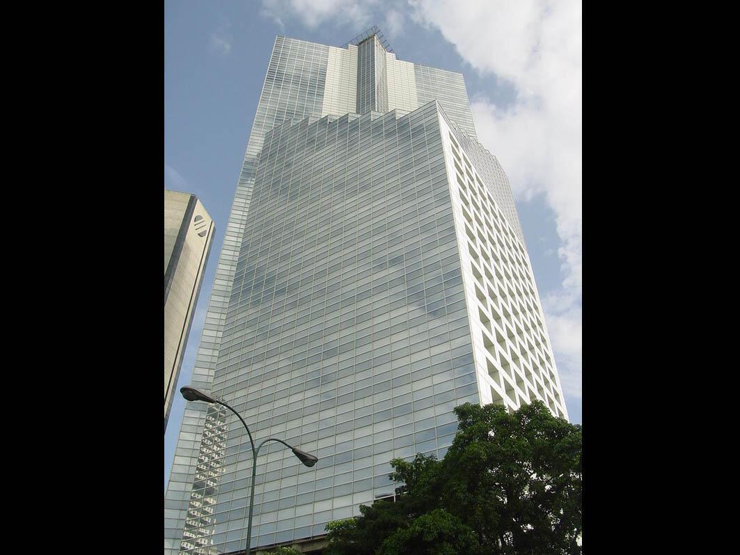 Des familles démunies de Caracas ont occupé pendant des années la tour non achevée du Centro financiero confinanzas, appelée Tour de David.