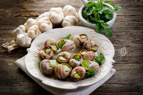 Món ốc nhồi bơ tỏi, món ăn đặc thù vùng Bourgogne (DR)