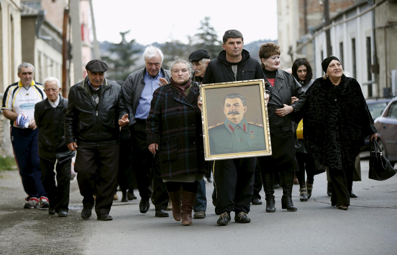 В городе Гори в Грузии проходят памятные мероприятия в день рождения Иосифа Сталина. 5 марта 2016