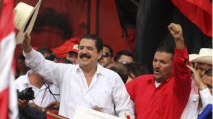 Manuel Zelaya é recebido com festa em Honduras quase dois anos após o golpe de estado que o afastou do poder.