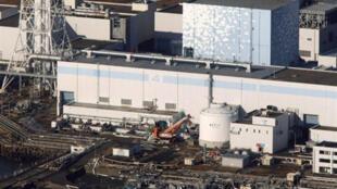 Vue aérienne de la centrale nucléaire de Fukushima, le 12 mars 2011.