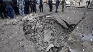 Sur les lieux d'un des attentats à Bagdad, le 8 décembre 2009.